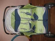 Продам коляску для двойни с сумками переносками!